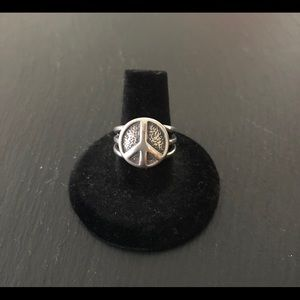 Silpada  peace sign ☮️ Ring